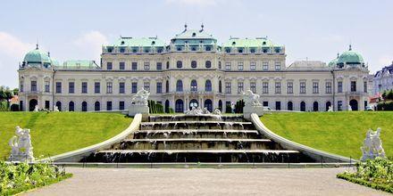 Belvedere Palace är ett annat känt slott i Wien, Österrike.