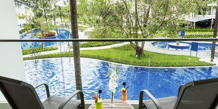 Deluxerum med poolutsikt på Hotell X10 Khao Lak.