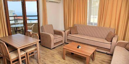 Tvårumslägenhet på hotell Yeniacun i Alanya, Turkiet.