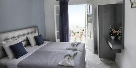 Enrumslägenhet på hotell Yiannis Kanalis i Parga, Grekland.