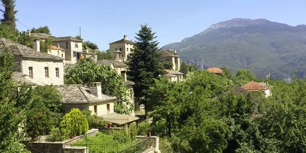 Bergsbyn Papigo i Zagoriaområdet, Grekland.