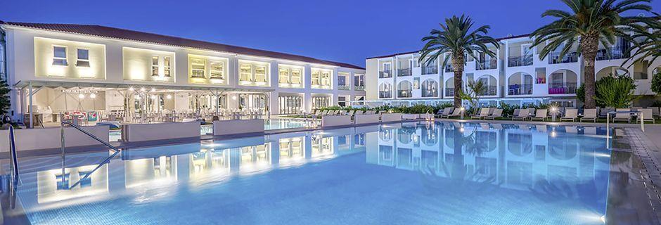 Poolområdet på hotell Zante Park Resort & Spa, Zakynthos, Grekland.