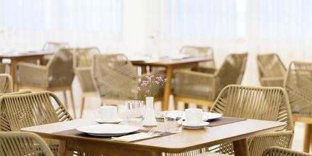 Restaurang på hotell Zephyros på Kalymnos, Grekland.
