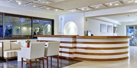Lobbybar på hotell Zephyros Beach Boutique, Kreta.